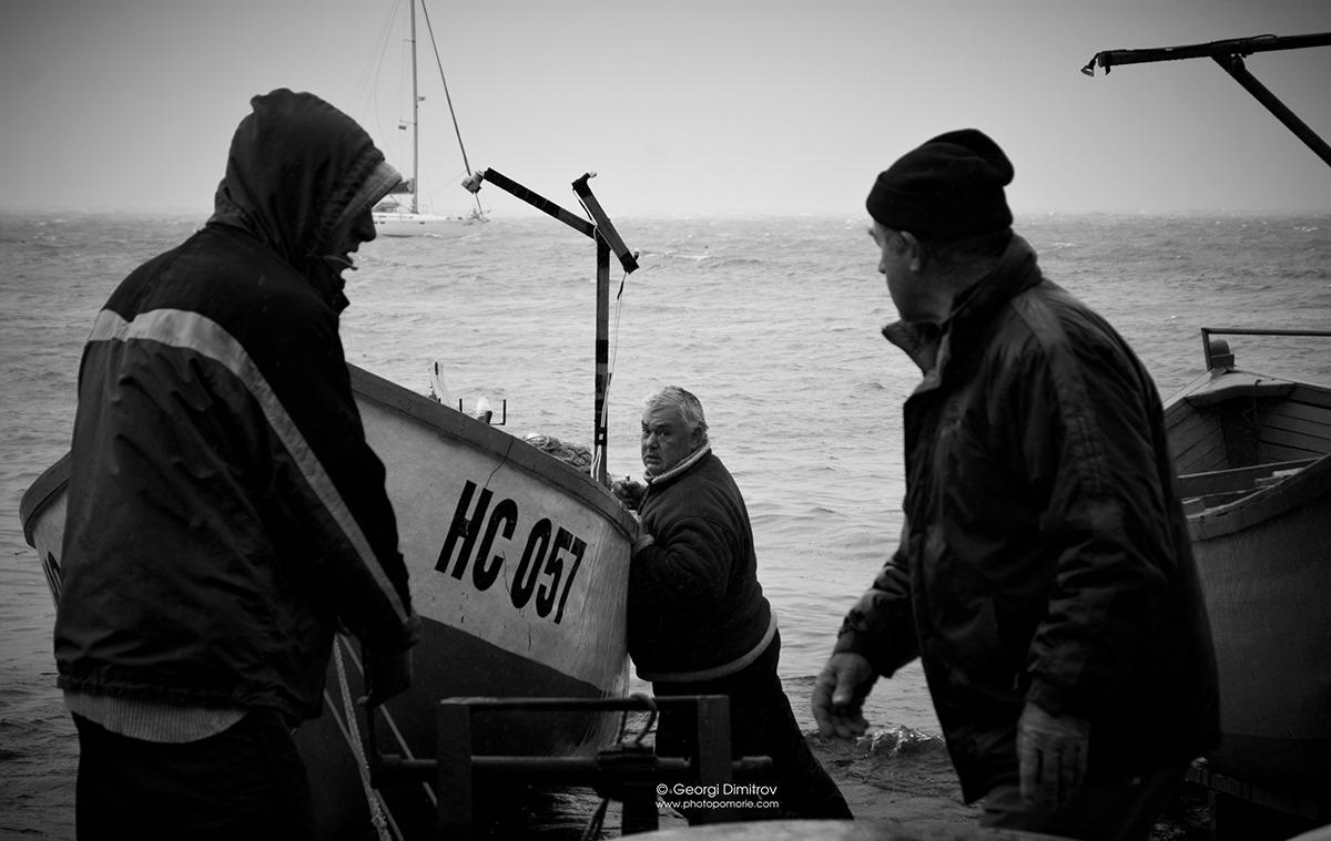Рибари в ПОМОРИЕ
