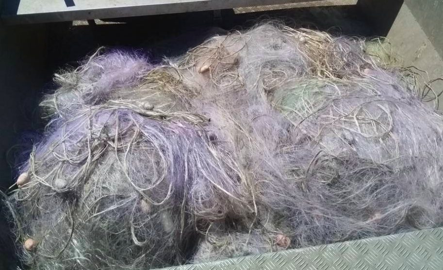 3 км. бракониерски мрежи извадени от язовир Мандра